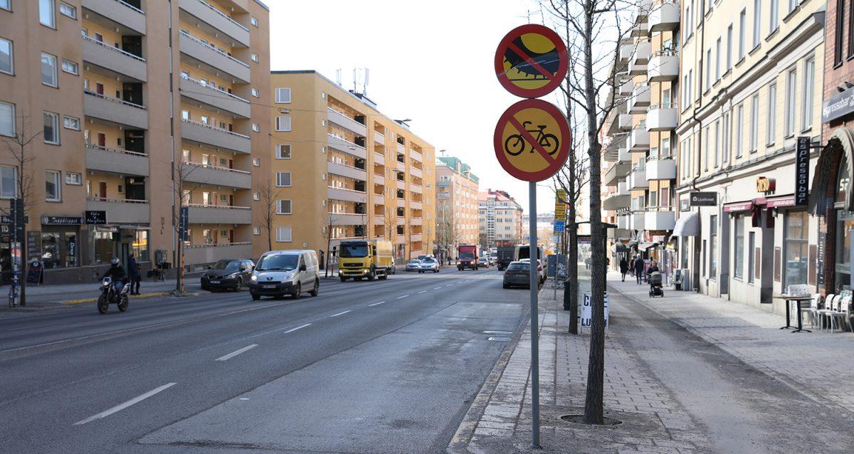 Dubbdäcksförbud Hornsgatan Stockholm